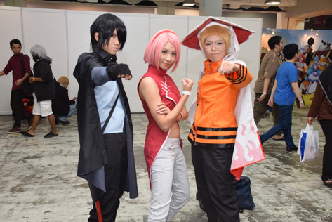 Some attention-grabbing cosplayers at Comic Fiesta 2015.
