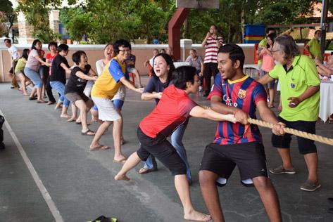 Tug of War at RT Seksyen 20A Petaling Jaya Year End Hi Tea Party 2015