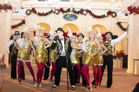 eCurve's Whatta Ritzy Christmas musical brought the senior citizens back to their younger years