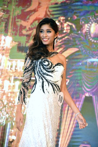 Miss Universe Malaysia 2016 fourth runner-up Nisha Sema