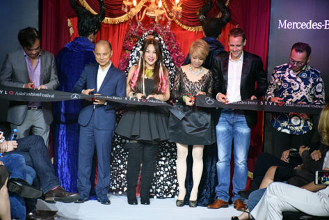 The ribbon cutting ceremony that officially marked the opening of the Mercedes Benz Stylo Asia Fashion Festival 2016.