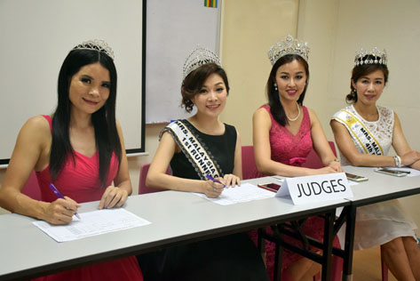 Mrs Malaysia Globe 2016 1st heat judges (L-R) Tracy Shi, Connie Ng, Joanne Lye and Lau Kit Mun
