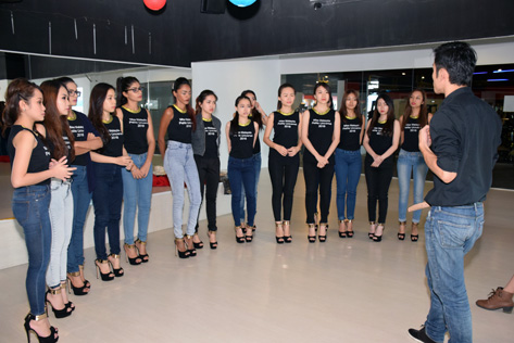 Miss Malaysia Petite Universal 2016 finalists get instructions in walking and posing styles from coach