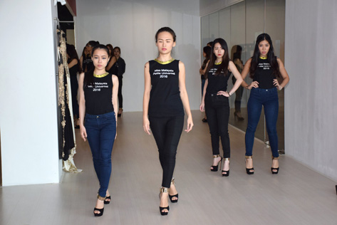Miss Malaysia Petite Universal 2016 finalists undergoing catwalk training to prepare them for the finals