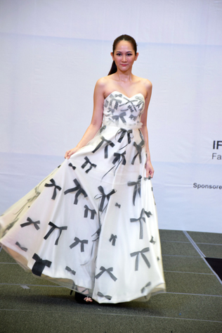 A model wearing a dress designed by Yui Yoshioka