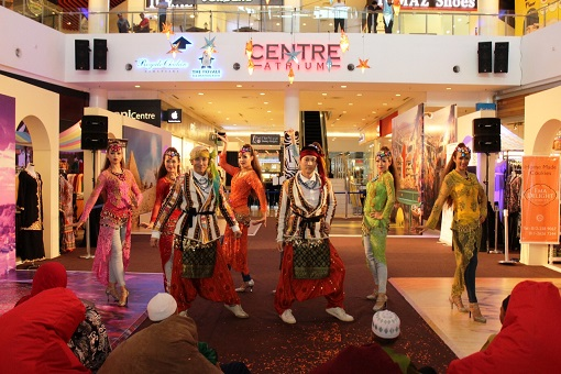 The Raya Musical Performance which captivated the young audience with the Middle Eastern-style dances.