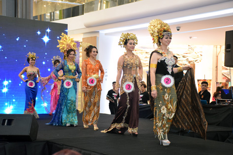 Contestants parading in their traditional costumes