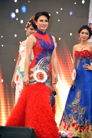 Mrs Charming - Zenny Chong Hooi Choo