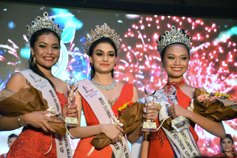 MGIM 2016 winner Olivia Constance Nicholas (centre) is flanked by 1st runner-up Julylen Liew Ei Ling (right) and 2nd runner-up Cassandra Devi Jermiah