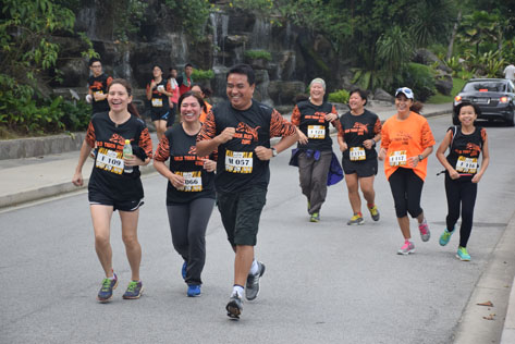 Runners enjoying the fun in Wild Tiger Run 2016