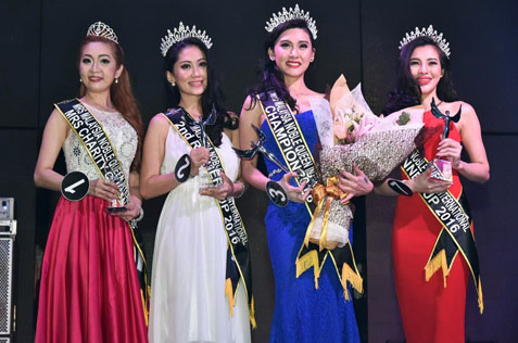 essica-lee-2nd-from-right-is-flanked-by-1st-runner-up-sylvia-lim-right-carmen-thien-2nd-from-left-and-mrs-charity-queen-stacey-oh-left