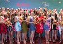 Beauty queens surprise shoppers with Christmas carols at KL Sogo