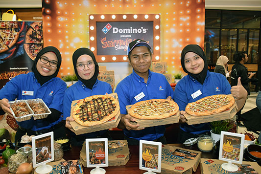 Analysts' Weekly Ratings Updates for Domino's Pizza Group (DOM)